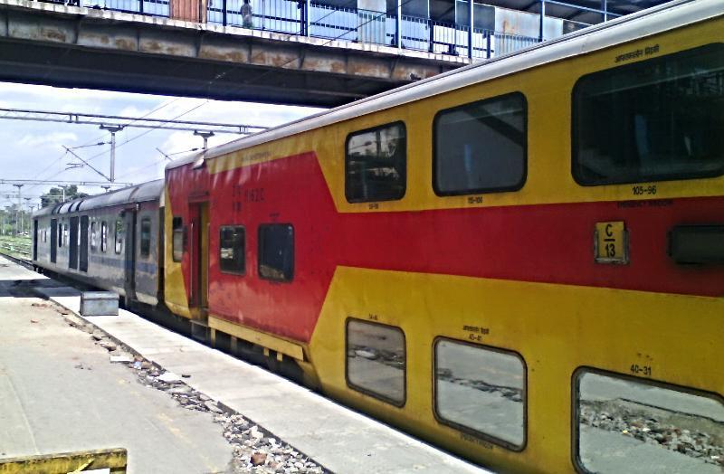 The 12985 Jaipur-Delhi Sarai Rohilla AC Double Decker Express Arrives bang.