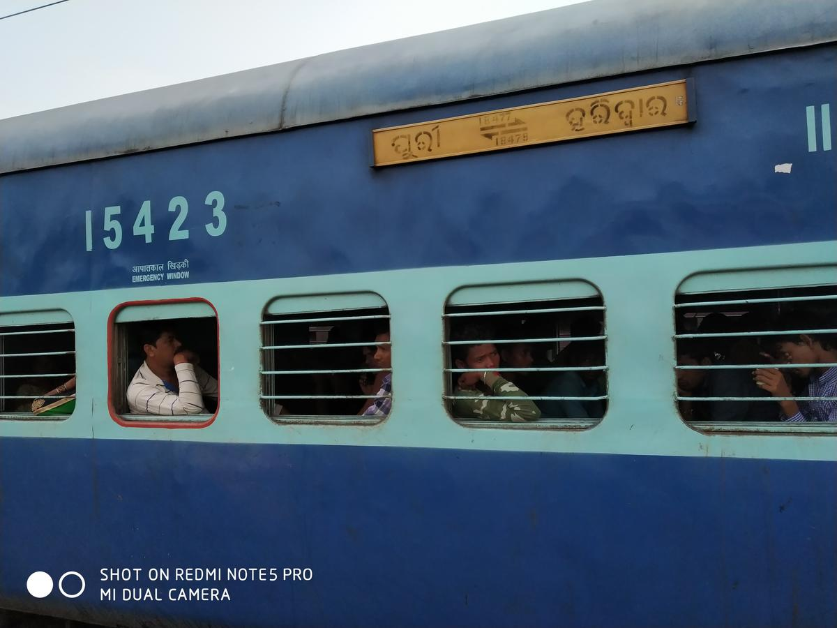 Kalinga Utkal Express (PT)/18478 IRCTC Reservation/Availability Enquiry:  Haridwar/HW to Puri/PURI - Railway Enquiry