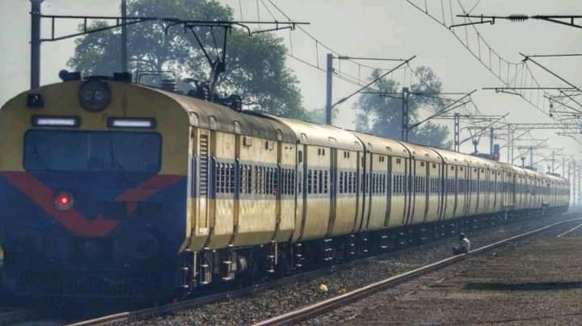 Patna - Pt. Deen Dayal Upadhyaya Jn. MEMU/63225 News - Railway Enquiry