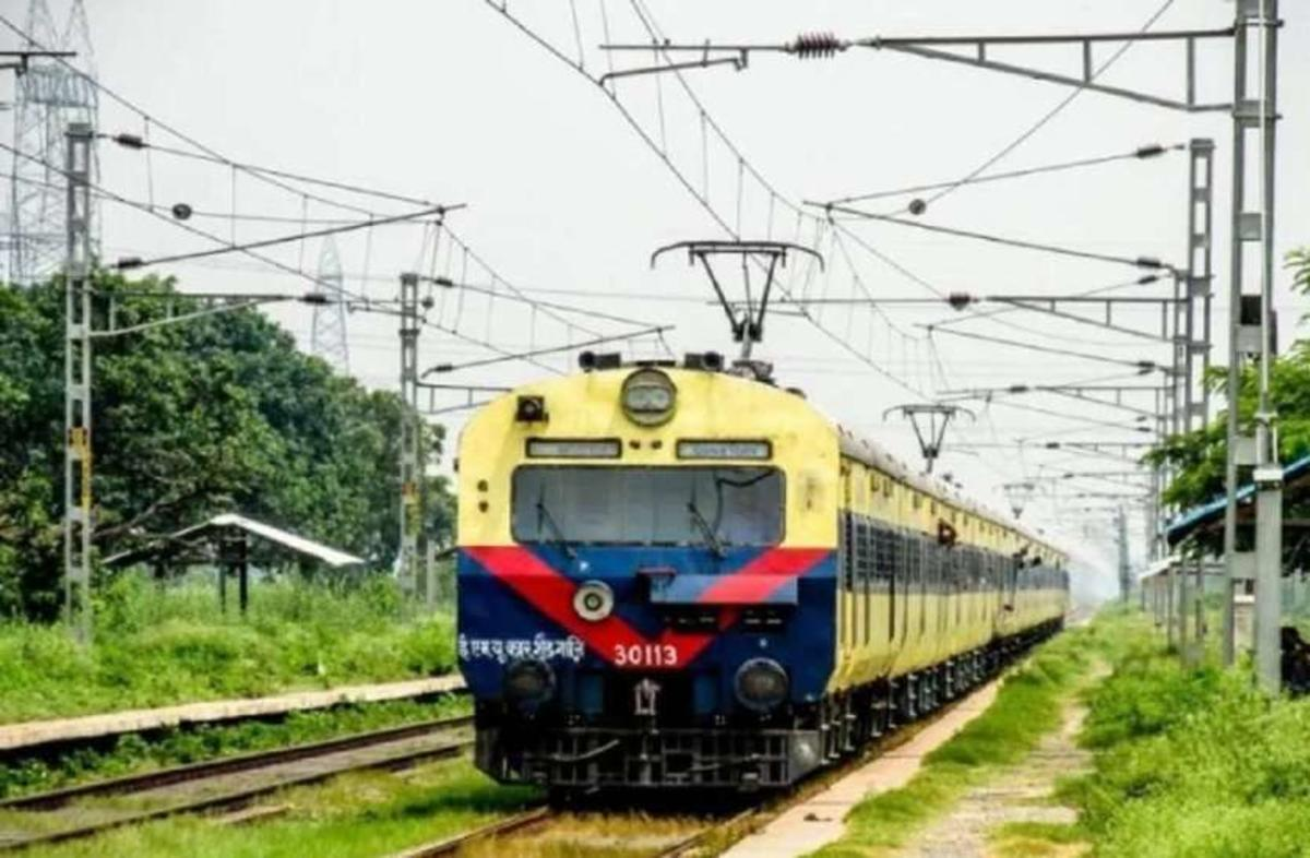बीना-भोपाल मेमू ट्रेन