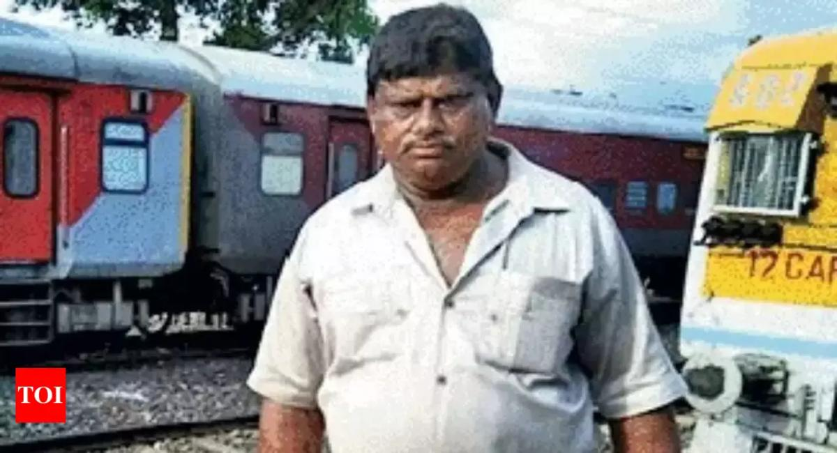 West Bengal: Meet the man who removes dead bodies from