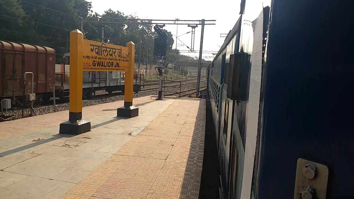 Gwalior to Hazrat Nizamuddin: 69 Trains, Shortest Distance